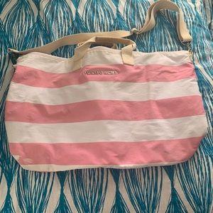 VS Weekender bag- iconic stripes
